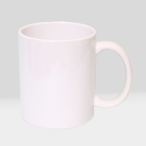 Белая чашка